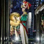 Vianočné prípravy v NY - Alain Delon