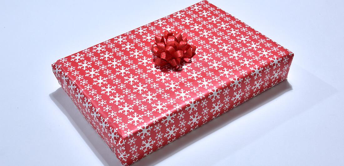 Ako jednoducho a efektne zabaliť darček