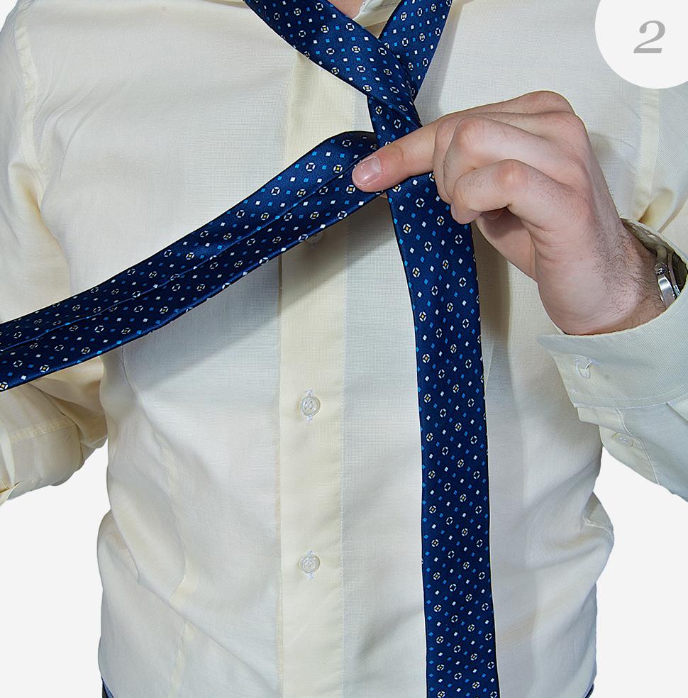 Viazanie-kravaty-krok-2