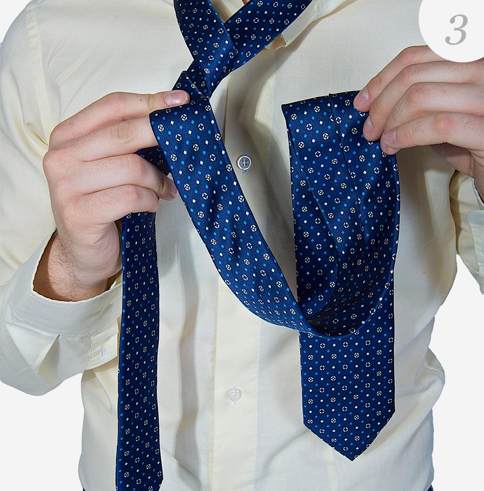 Viazanie-kravaty-krok-3